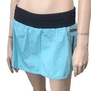 Lululemon Run: Tracker skirt light blue